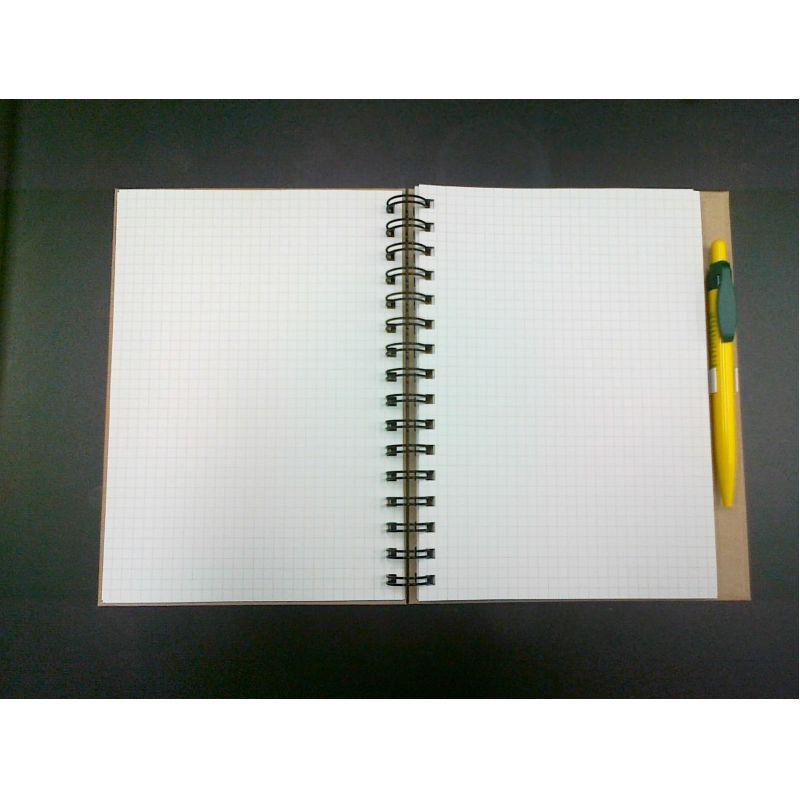 Gerecycleerde hardcover ringschrift A5 met gerecycleerde balpen