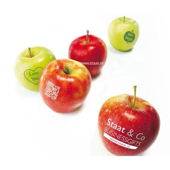 Appel met bedrukt logo