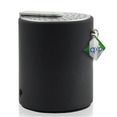 Bluetooth speaker met doming label